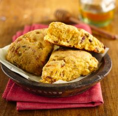 Crumbled bacon, green chiles and shredded Cheddar cheese pack tons of Southwestern flavor into these savory scones. A fun side to serve with chili or a Tex-Mex steak or chicken dinner!