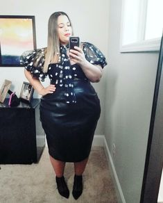 I could teach you but I'd have to charge ~ Skirt: Top: link in bio Thick Girl Fashion, Curvy Women Fashion, Plus Size Fashion, Womens Fashion, Garner Style, Full Figure Fashion, Plus Size Outfits, Fashion Outfits, Stylish