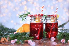 Cranberry Punch with rosemary! Recipe on the blog! Delicious Christmas Drink