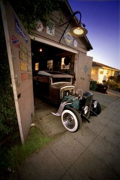 Sweet Garage and rat rod. #ClassicNation