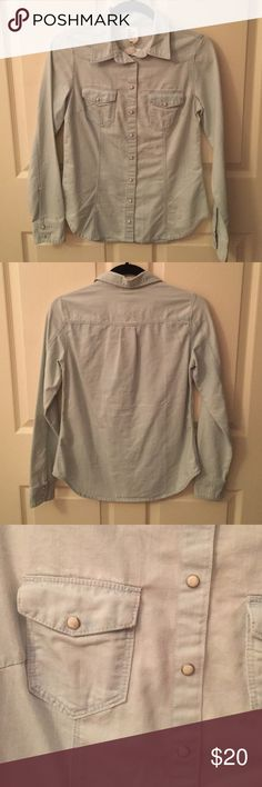 NWT H&M Denim Top Denim long-sleeve denim top from H&M. Pearl button accents. Brand new with tags. H&M Tops Button Down Shirts