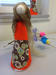 Alkuopettajat FB -sivustosta / Heidi Parkkinen Christmas Stockings, Easter, Holiday Decor, Inspiration, Needlepoint Christmas Stockings, Biblical Inspiration, Easter Activities, Christmas Leggings, Inspirational