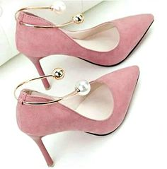 high heels – High Heels Daily Heels, stilettos and women's Shoes Dream Shoes, Crazy Shoes, Me Too Shoes, Heeled Boots, Shoe Boots, Shoes Sandals, Shoes Sneakers, Ankle Shoes, Pretty Shoes