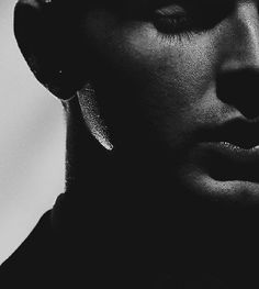 12.4k Likes, 273 Comments - Theo Hutchcraft (@theohurts) on Instagram