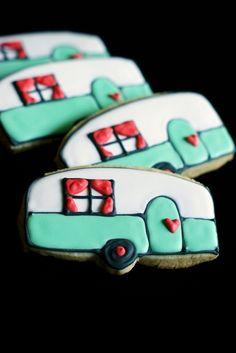 i'd like summer better if i had a little vintage camper! ::: camper cookies tutorial LOOK Had a Little Party ! Galletas Cookies, Iced Cookies, Cute Cookies, Sugar Cookies, Cupcakes, Cupcake Cookies, Cookie Favors, Baby Cookies, Flower Cookies