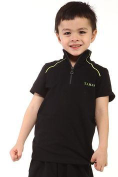 Stylish and durable t-shirt suitable for daily wear and practice. Zip-up collar and yellow stripes detail.