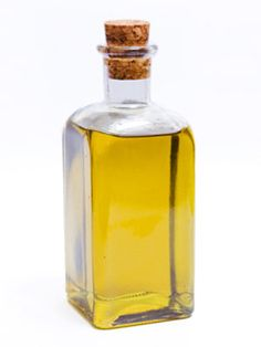 Learn how to shop for the olive #oil that best meets your culinary needs. #kitchen