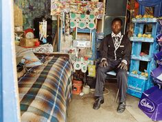 Photographer Zwelethu Mthethwa's stunning large-scale images of life in his native South Africa Artist Bedroom, Migrant Worker, South African Artists, Listerine, Street Artists, The Incredibles, Contemporary, Interior Design, Deco