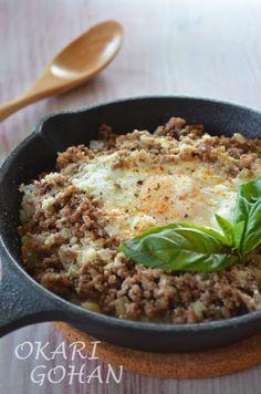 スキレットで挽肉とガーリックの塩そぼろごはん by 松尾絢子(ちきむん)   レシピサイト「Nadia   ナディア」プロの料理を無料で検索