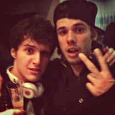 Hugo et orelsan                                                                                                                                                      Plus Male Poses, Youtubers, Crushes, Rapper, Going Out, Music, Youtube