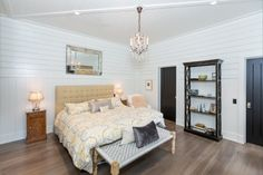 East Hampton - Town & Country Real Estate  #hamptons #bedroom #interior