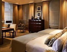 As Europe's first grand luxury hotel, this five star destination has hosted royalty, dignitaries, and celebrities and has pampered guests with its 380 lavish rooms and suites, award winning dining options such as the famed Palm Court, and its prime location along Regent Street.