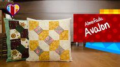 Almofadas em patchwork Avalon - Faça esta peça no Maria Adna Ateliê - Endereço: Av. das Carinas, 739, Moema, São Paulo - Fones: 11-5042-0145 e 11-99672-8865 (WhatsApp), Email: ama.aulasevendas@gmail.com. Estacionamento próprio. FACEBOOK: https://www.facebook.com/MariaAdnaAtelie