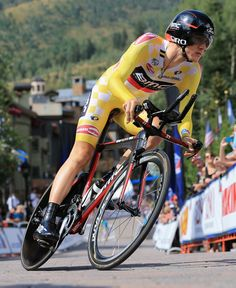 VAIL, CO - AUGUST 23: Tejay van Garderen of the USA riding for BMC Racing competes in the individual time trial wearing the overall race leader's yellow jersey during stage five of the 2013 USA Pro Challenge on August 23, 2013 in Vail, Colorado. (Photo by Doug Pensinger/Getty Images)