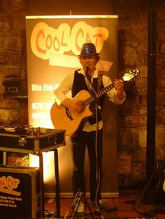 Alleinunterhalter CoolCat performt an Geburtstagsparty in Wettingen 1 www.alleinunterhalter-coolcat.ch