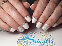 Caviar nails, Christmas manicure on short nails, Evening dress nails, Evening…