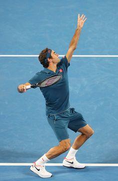 Roger Federer Tennis Serve, Tennis Match, Lawn Tennis, Sport Tennis, Soccer Sports, Roger Federer, Tennis Federer, Tennis Techniques, Tennis Australia