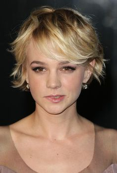 awesome Idée coupe courte : Carey Grows Out | Hair On The Brain