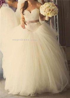 Princess wedding gown!!! Looks like a VERA!