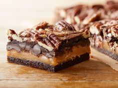 Decadent Brownies - using a regular brownie mix and some add ins! Great Desserts, Cookie Desserts, No Bake Desserts, Delicious Desserts, Dessert Recipes, Baking Desserts, Brownie Recipes, Cheesecake Recipes, Chocolate Recipes