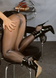 Tap Shoes, Dance Shoes, Nylons And Pantyhose, Louboutin Pumps, Stiletto Heels, Stockings, Legs, Fashion, Dancing Shoes