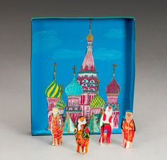 Onion domes, golden spires, and vivid colors! Find architectural gems in abundance in Moscow and other Russian cities.