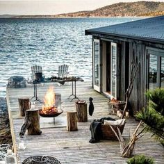 Haus am see Outdoor Spaces, Outdoor Living, Outdoor Fire, Lakeside Living, Beautiful Homes, Beautiful Places, Beautiful Beach, Haus Am See, Design Exterior