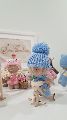 """Sara Creations - crochet toys & wooden handmade things - """" Little ones """" collection Jucarii crosetate & accesorii lemn handmade - colectia """" Little ones """" Crochet Toys, Little Ones, Winter Hats, Cute, Blog, Handmade, Collection, Embroidery, Hand Made"""