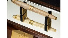 Most Expensive Pen, Luxury Pens, Pen Collection, Writing Pens, Fountain Pen Ink, Vintage Models, Writing Instruments, Inline, Marketing