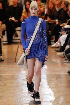 2016春夏プレタポルテコレクション - アクネ ストゥディオズ(ACNE STUDIOS)ランウェイ|コレクション(ファッションショー)|VOGUE JAPAN