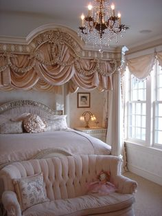 Boudoir bedroom: Super cute...if my sig. other would let this happen...