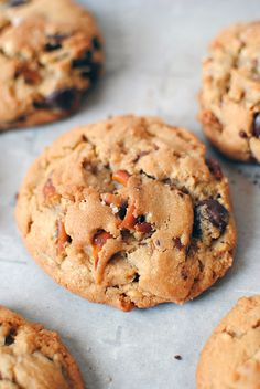 Peanut Butter Chocolate Chip Cookies - Peanut butter, chocolate chips, and pretzels come together to make the perfect, chewy peanut butter chocolate chip cookie.