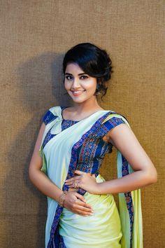 South Indian actress Anupama Parameswaran in saree photo gallery. Anupama Parameswaran in saree picture, image, wallpaper. Beautiful Girl Photo, Beautiful Girl Indian, Most Beautiful Indian Actress, Beautiful Saree, Beautiful Women, Beautiful Gorgeous, Beautiful People, Beautiful Bollywood Actress, Beautiful Actresses
