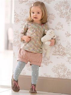 Silhouette CARDIGAN WITH ROUND COLLAR + STRIPED TUNIC + BUBBLE SHORTS + JERSEY TIGHTS WITH STAR MOTIF -