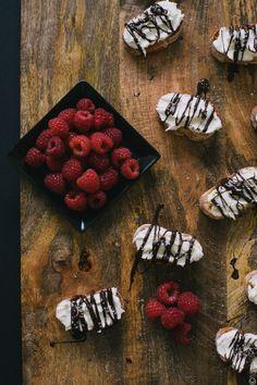 Salted Chocolate & Mascarpone Crostini #yum
