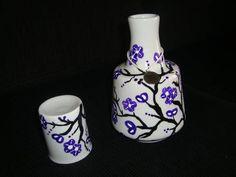 Moringa de porcelana pintada a mão.   Marjorie Alcazar arte & design   1F2D9C - Elo7