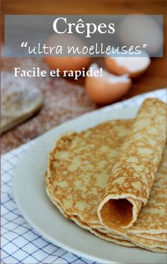 Fluffy pancakes: the best recipe, easy and fast + Original lollipop crepe recipes, fun and unusual for candlemas. Homemade pancakes or chocolate rolls super soft. Easy and fast Source by vivianelaiacona Sweet Breakfast, Breakfast Recipes, Bolo Grande, Parfait Desserts, Good Food, Yummy Food, Crepe Recipes, Pancakes And Waffles, Quick Easy Meals
