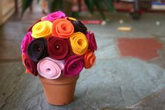 20 DIY Felt Flower Tutorials - Sortrature