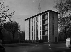 Casa al Parco a Milano, 1947 - 1948: Ignazio Gardella e L. Ghiringhelli - Immagine dell'Archivio Storico Gardella, Milano