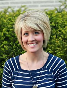 Short Bob Hairstyles with Bangs for Thick Hair Short Haircut Thick Hair, Short Straight Hair, Short Hair With Layers, Short Hair Cuts, Short Hair Styles, Bob Styles, Short Hairstyles For Thick Hair, 2015 Hairstyles, Cute Hairstyles For Short Hair