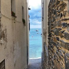 Look down alleyways – you never know what you will see. #cadaques