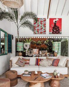 Bali Living Room Interior Design At A Glance 231 Interior Tropical, Design Tropical, Bohemian Interior Design, Interior Desing, Tropical Home Decor, Tropical Style, Bohemian Decorating, Tropical Colors, Modern Tropical