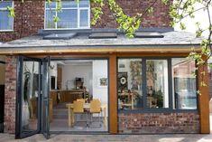 Idée décoration et relooking cuisine Tendance  Image   Description  idée d'agranissement de maison moderne et extension vitrée