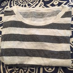 Linen short sleeve tee Like new condition. J. Crew Tops Tees - Short Sleeve
