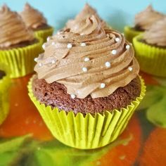 Joyce bakt: Basisrecept: chocolade cupcake