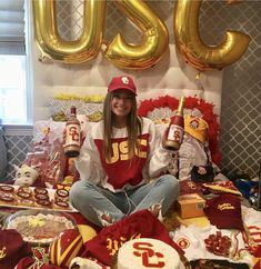 5 Adorable Ways To Announce Your College Acceptance Without Leaving Your Bed - Blue-prynt
