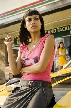 Released in 2007 Death Proof is a great example of Quentin Tarantino's amazing work! Vanessa Ferlito, Quentin Tarantino Films, Beloved Film, Death Proof, Film World, Rosario Dawson, Women Smoking, Fashion Lookbook, Great Movies