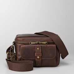 Fossil camera bag for DSLR. Want!