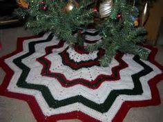 Twelve Pointed Star Christmas Tree Skirt | Crochet tree skirt ...