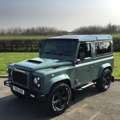 Green is the new black.. 'Individual cars for individual people' Www.bespokecars.co.uk #autobiography #bodykit #bilstein #bfgoodrich #bespokecars #car #cars #custom #carporn #defender #defender90 #defender110 #defender130 #celebritycars #chelseatractor #defender #hypebeast #instacar #instacars #instacool #landy #london #landrover #chelsea #mayfair #overfinch #pipercross #rangerover #svr #supercars